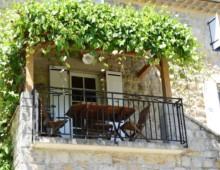Gîte L'Arceau - Terrasse avec pergola